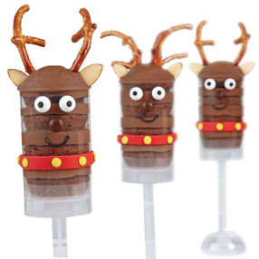 Reindeer Bites Treat Pops