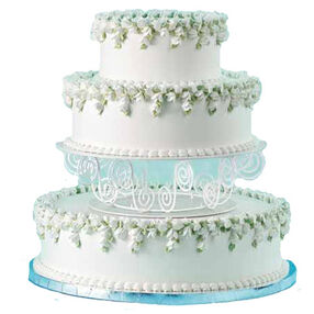 Sweet Pea Symphony Cake