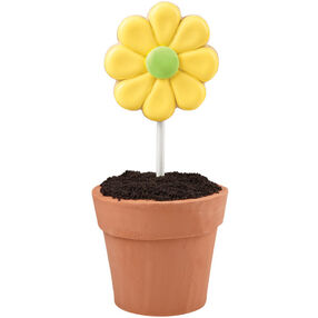 Flirty Flower Pot Cake