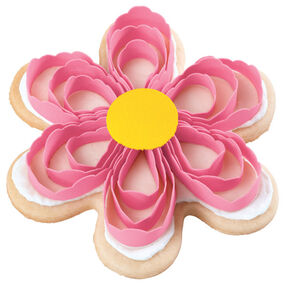 Pretty Pink Scroll Posy Cookies