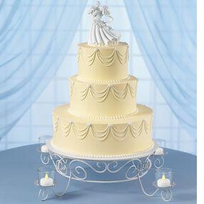 Garland's Glow Wedding Cake