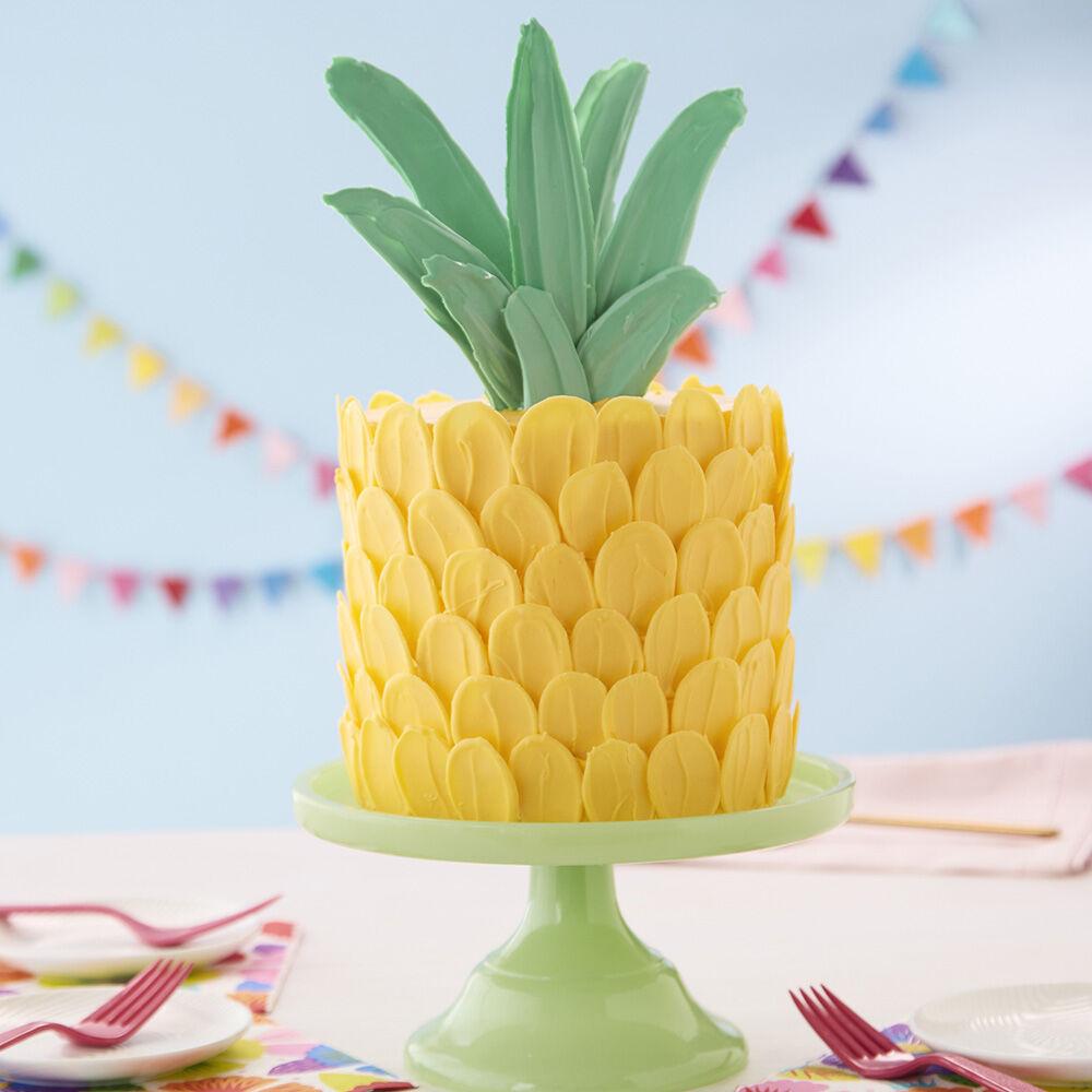 Brush Stroke Pineapple Cake Wilton