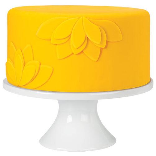 Layered Lilies Yellow Fondant Cake