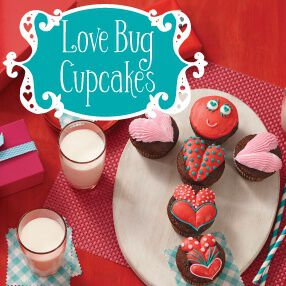 THE WILTON METHOD | LOVE BUG CUPCAKES