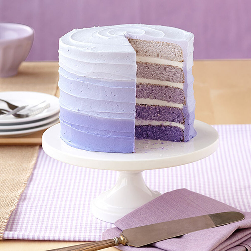 Five shades of violet easy layers cake wilton for Decoration layer cake