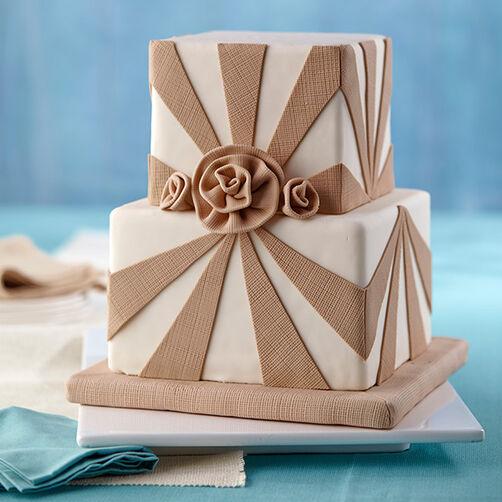 Burlap and Roses Fondant Cake