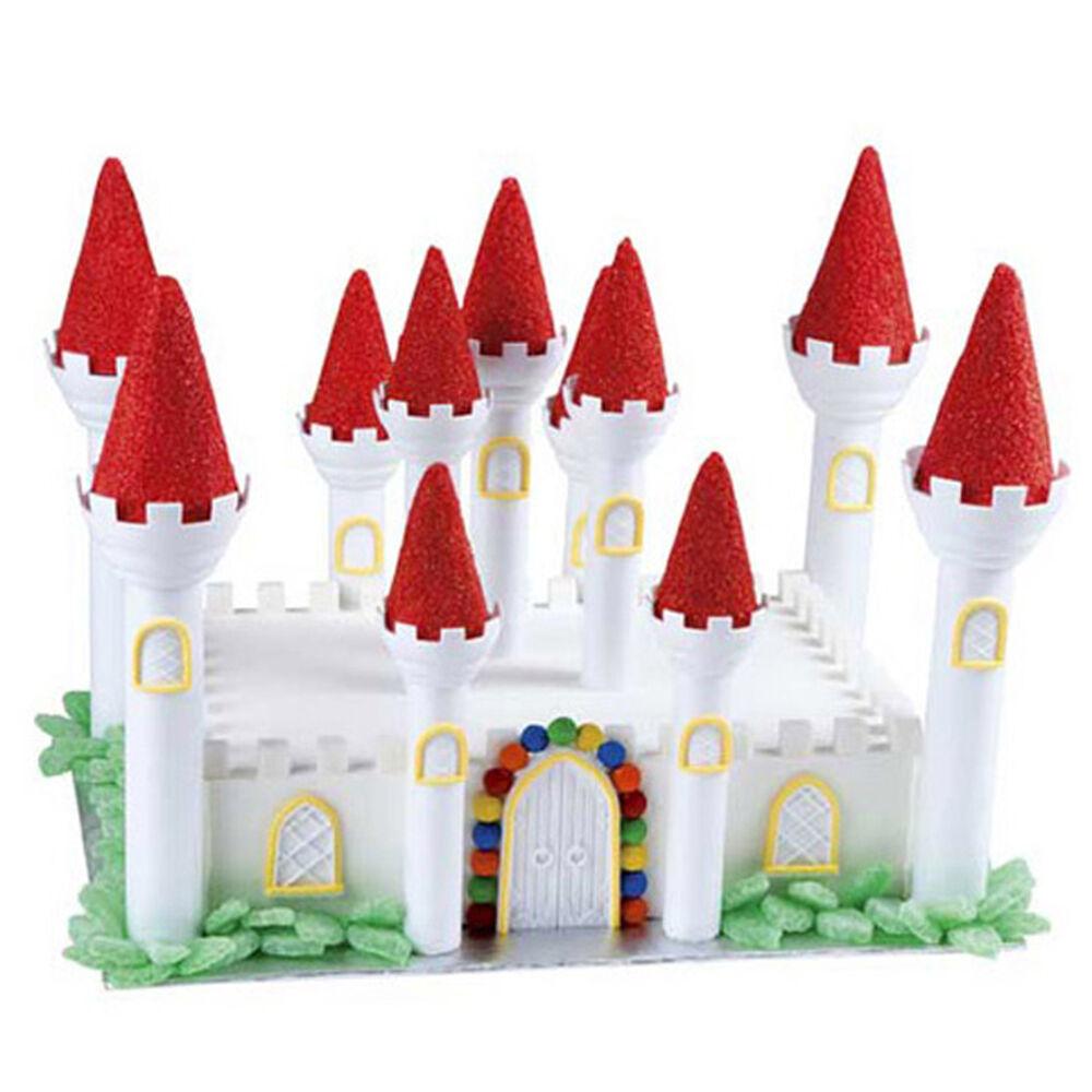 friendly fortress castle cake   wilton