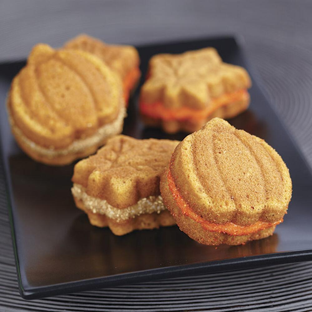 Pumpkin Spice Whoopie Pies Recipe