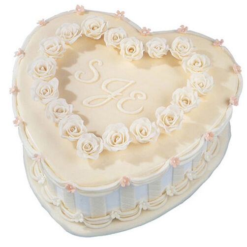 Heart's Treasure Cake