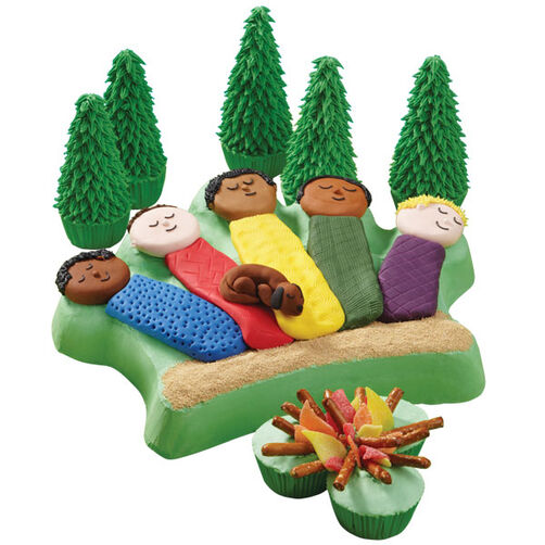 Catching Z's In the Trees Cake