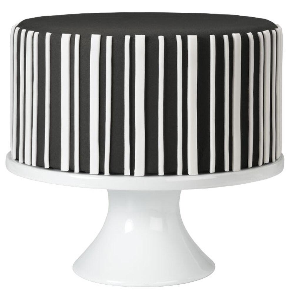 Cake Decorating Striped Icing : Black-and-White Striped Fondant Cake Wilton