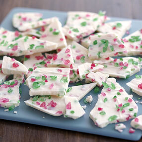 Crunchy Christmas Candy Bark