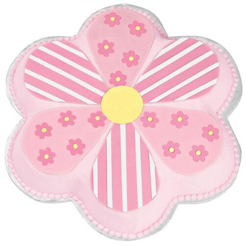 Dancing Daisy Flower Cake