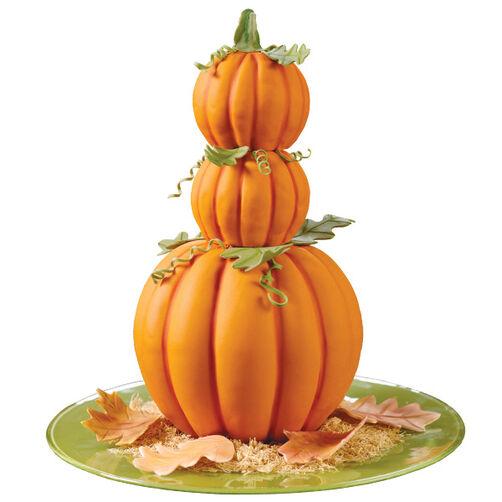 Pumpkin Peaks Cake