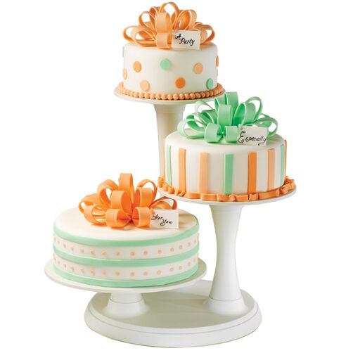 Bow Trio Cakes