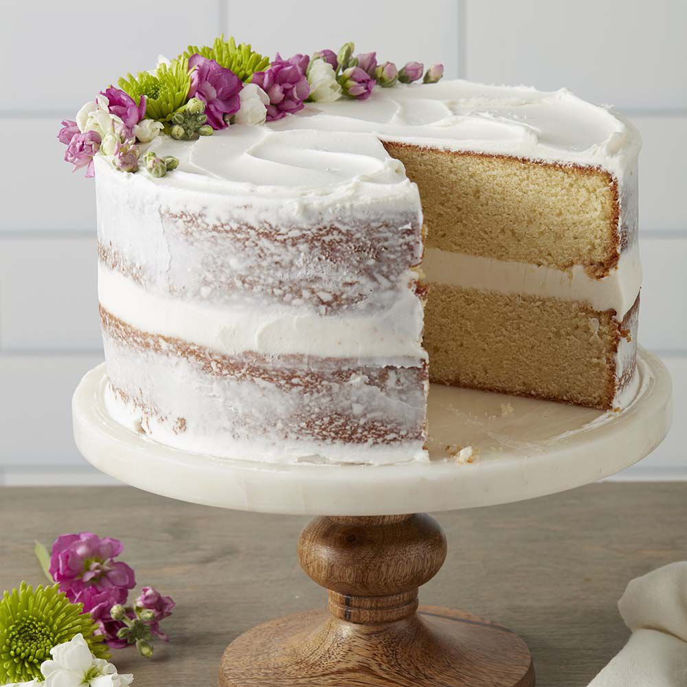 Ideas For Cake Decorating: Classy White Butter Cake