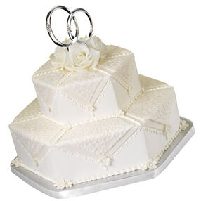 Double-Ring Ceremony Cake