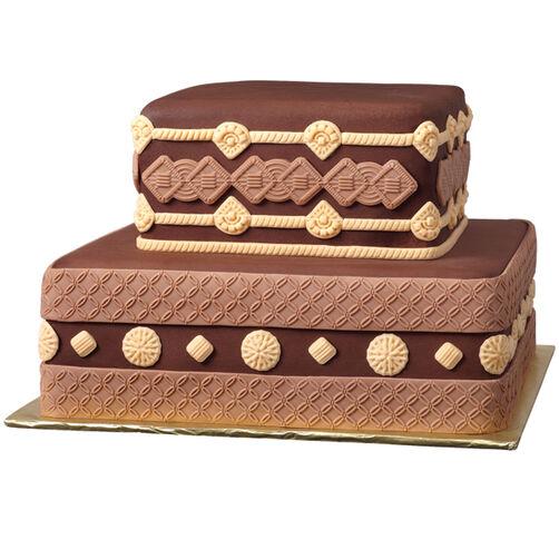 Macramé Fondant Cake