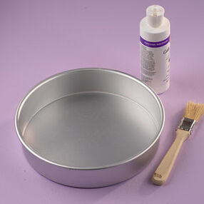 Wilton Cake Pan Preparation