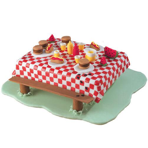 Picnic Crashers Cake