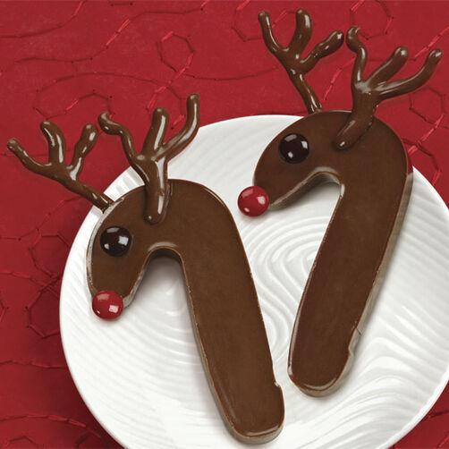 Reindeer Candy Cane Bark