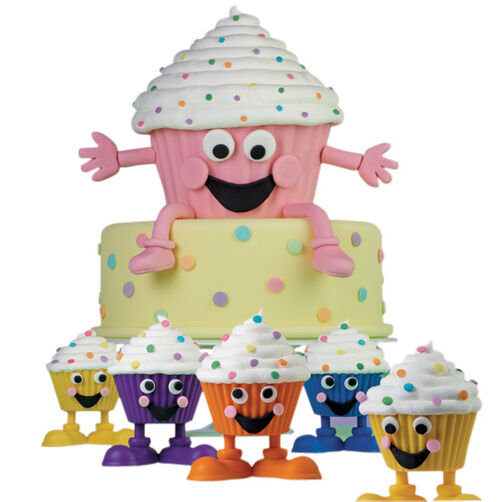 Standing O! Cake & Cupcakes
