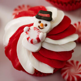 Christmas Cupcakes With Snowman Icing Decorations
