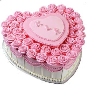 Love's A Bed of Roses Cake