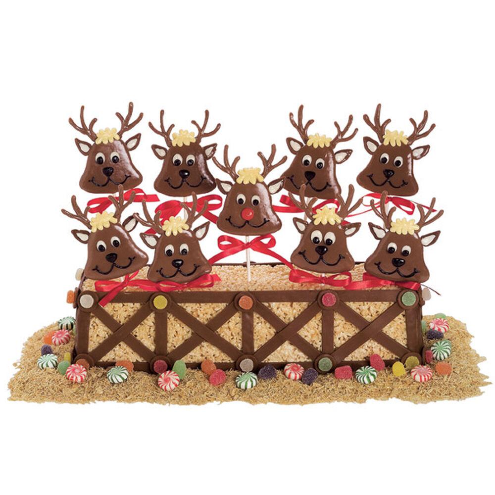 Playing Reindeer Games Desserts Wilton