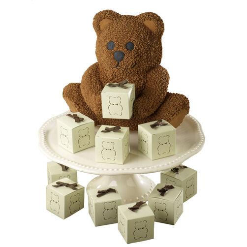 Bearing Gifts Cake Wilton