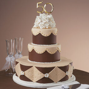 Setting the Gold Standard Cake