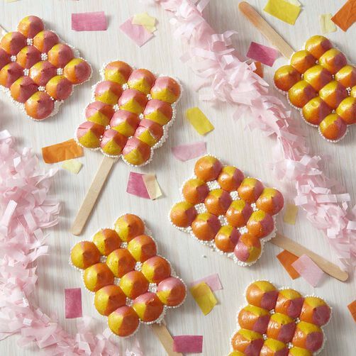 Light and Crispy Meringue Pops