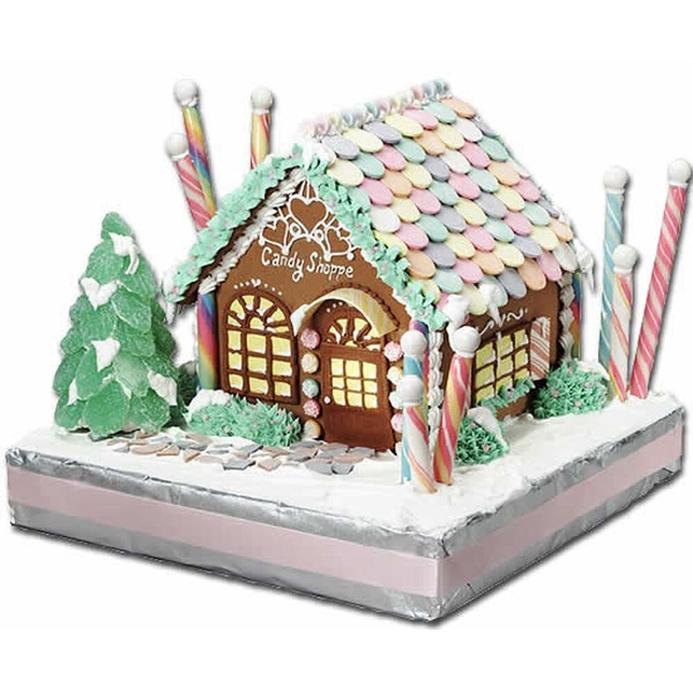Old time candy shoppe gingerbread house wilton