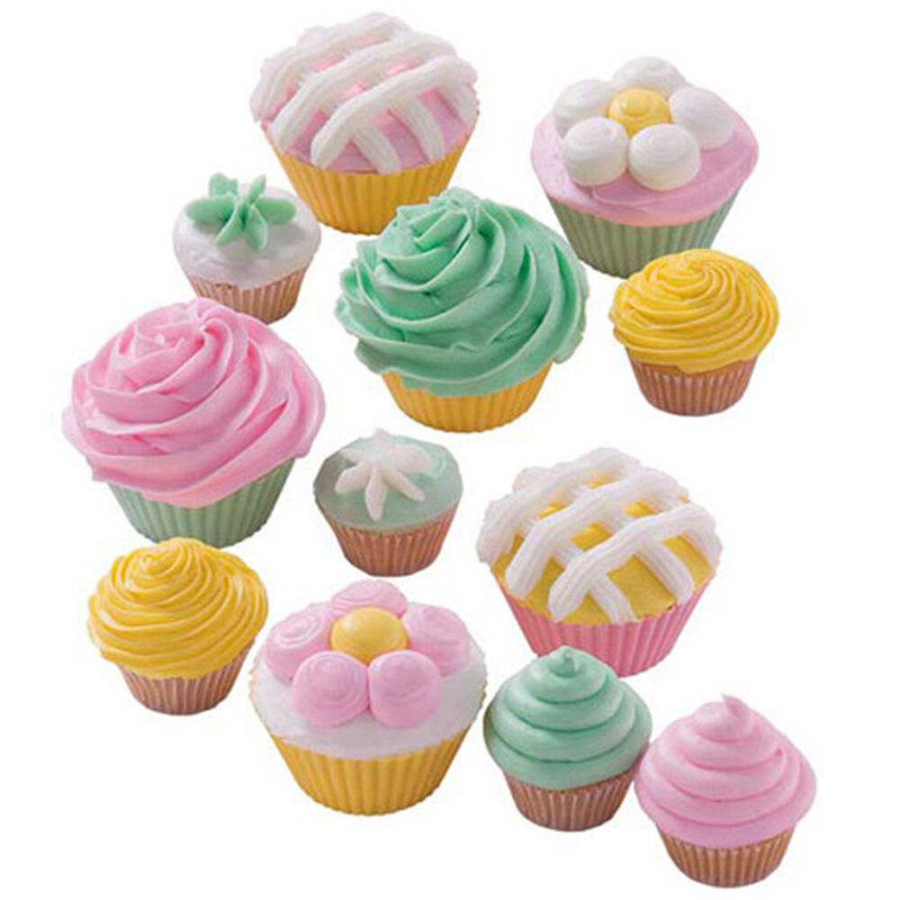 collection of cupcakes - Cupcake Decorating