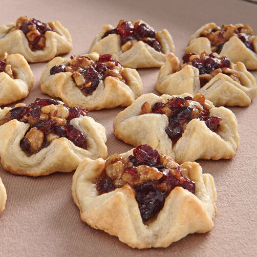http://www.wilton.com/cranberry-walnut-tarts/WLRECIP-327.html