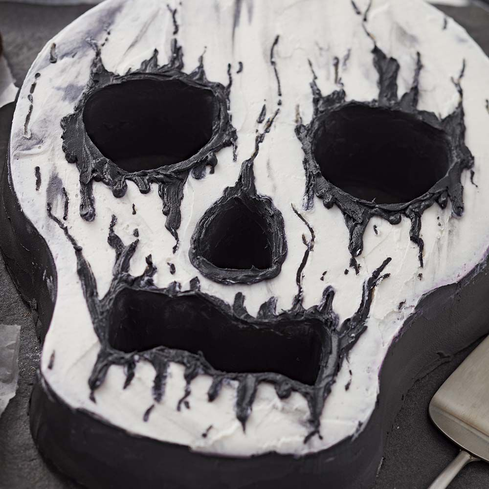 Creepy Skull Cake Wilton