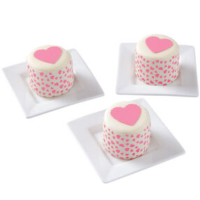 Hoppin? With Hearts! Mini Cakes