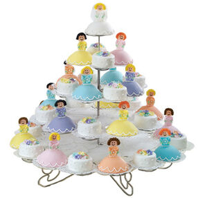 Bridal Court Mini Cakes