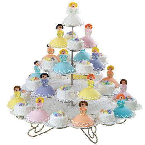 Bridal Court Mini Cakes