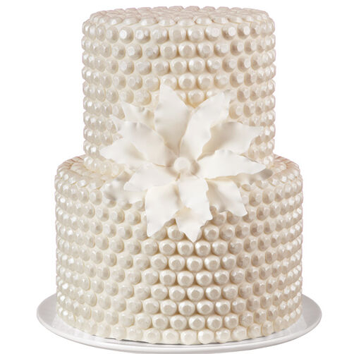 Boutonniere Beauty Gem Cake