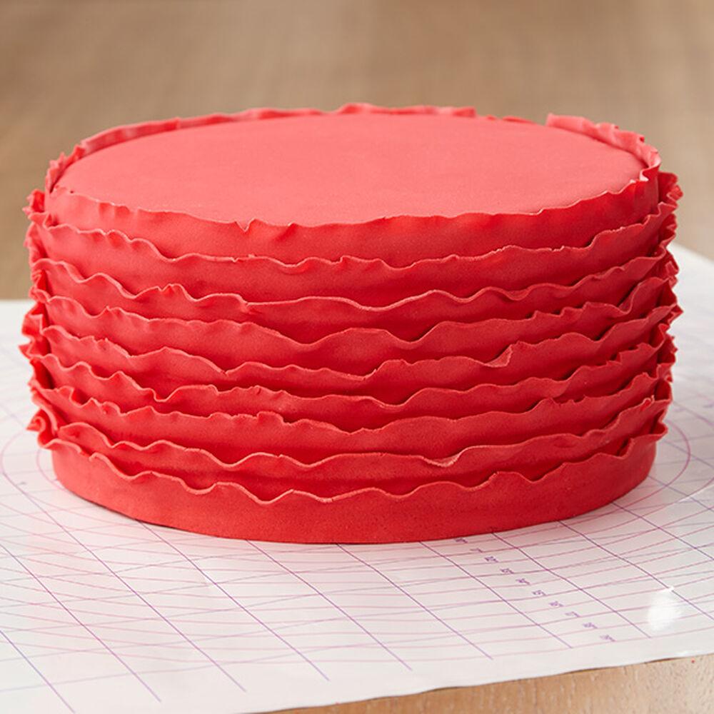 Wilton Cake Decorating Tips Fondant : Red Ruffled Ribbons Fondant Cake Wilton