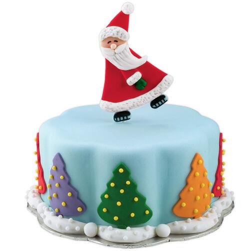 Skatin' St. Nick Cake