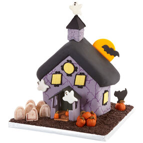 Haunted Halloween House Cake