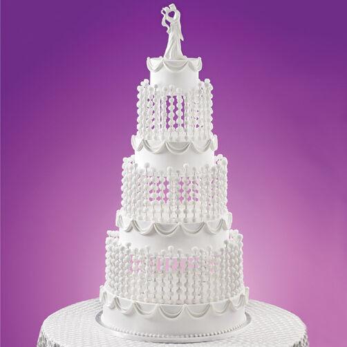 An Uplifting Love Cake