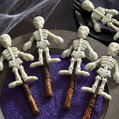Skeleton Pretzel Treats