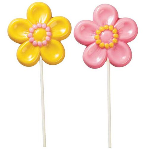 daisy shaped chocolate lollipops
