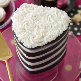Easy Layers! Heart Cake