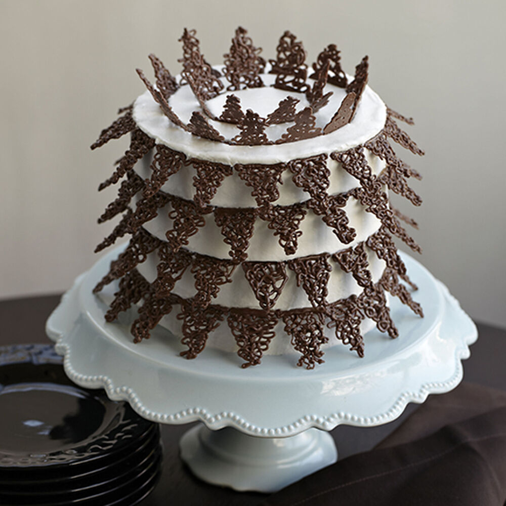 Candy Lace Points Cake Wilton