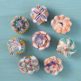 8 Ways to Decorate Cupcakes Using Tip 1E