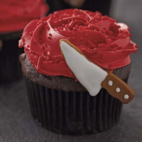 A Crime of Passion Cupcakes